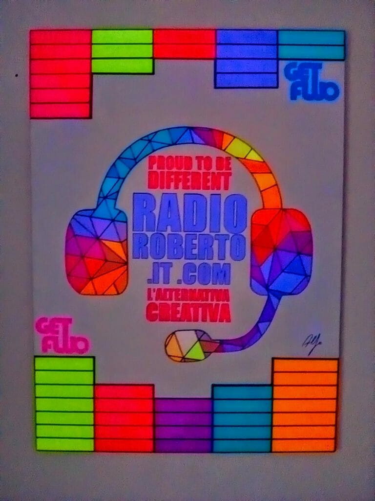 Il logo di RADIO ROBERTO rielaborato da GET FLUO