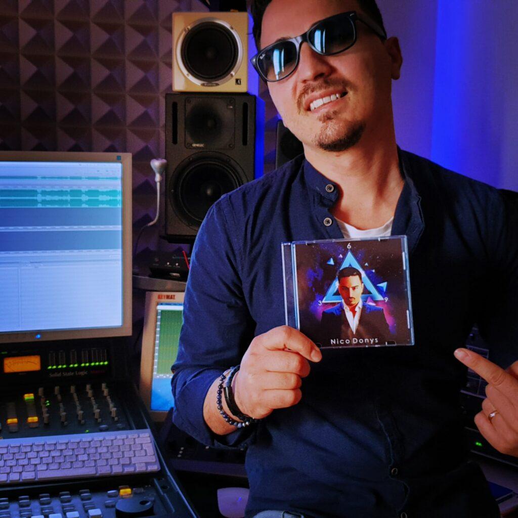 """Ascolta """"Para Que Te Vas"""", il nuovo singolo di Nico Donys, su Radio Roberto, la radio degli artisti emergenti"""